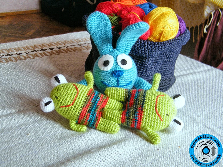 вязаные игрушки заяц и лягушки