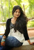 Ulka Gupta glamorous photos-thumbnail-10