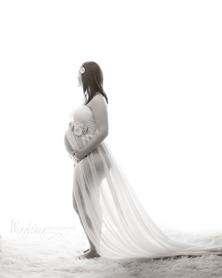 Sycamore, Geneva, DeKalb, IL Maternity Photographer, Studio Maternity Photos