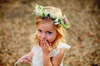 Foto Gambar Bayi Cantik Lucu Pakai Bandana Bunga