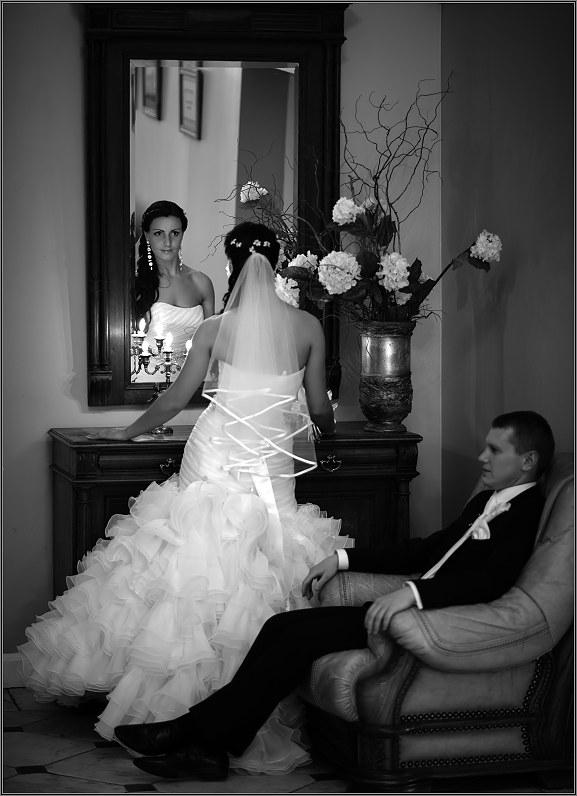 klasikinė vestuvinė fotografija taujėnų dvaro rūmuose panevėžyje