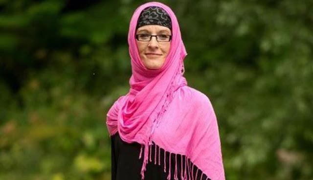 Saat Wanita Non-Muslim di Inggris Menikmati Berhijab