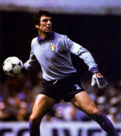 melayu boleh,Dino Zoff,goal keeper Dino Zoff
