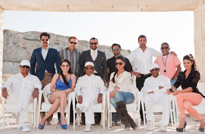 Race 2 First Photo of all Star casts & Crew