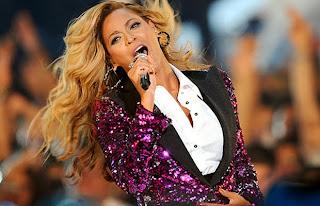 >News // La Grossesse De Beyoncé Booste Ses Propres Ventes!