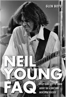 image cover Neil Young FAQ