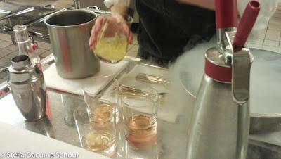 Making-a-frozen-cocktail-liquid-nitrogen-Eleven-Madison-Park-Stella-Dacuma-Schour