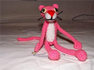 Pantera rosa de ganchillo