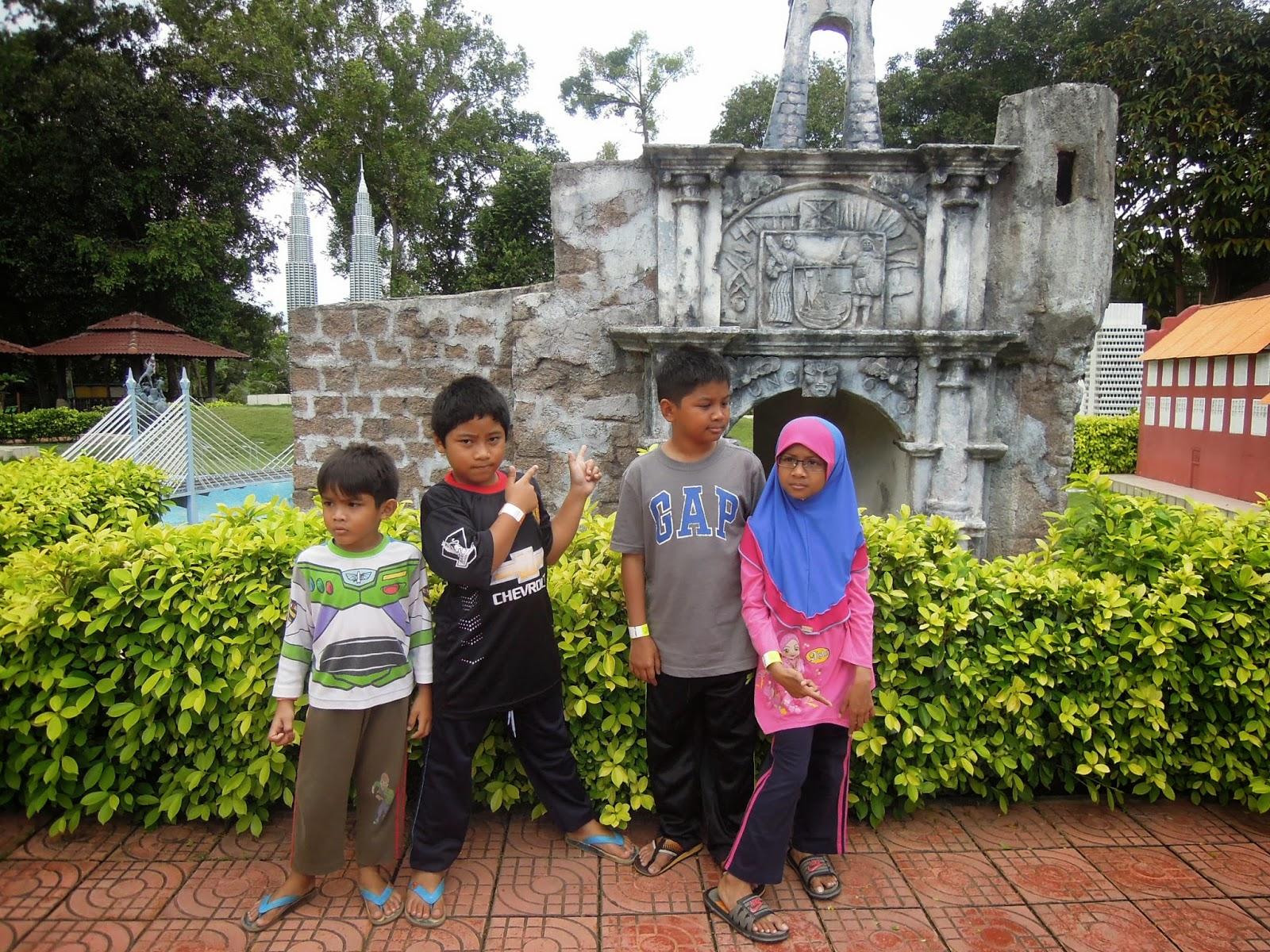 Taman Buaya di Melaka di Taman Buaya Melaka ni