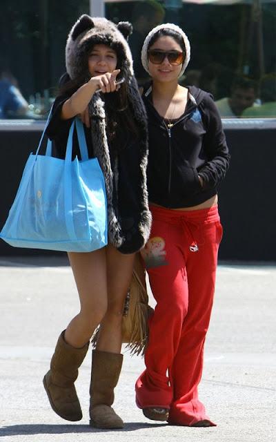 Vanessa Hudgens' Sisterly Cafe Bonding with Stella