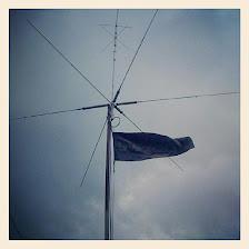 9m2ohm  flag fluttering