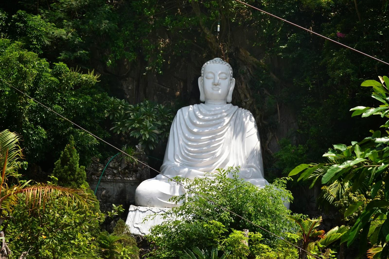 Budha inside Marble Mountains, Danang