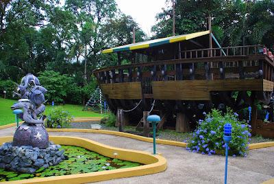 Jardin de Miramar's Galera