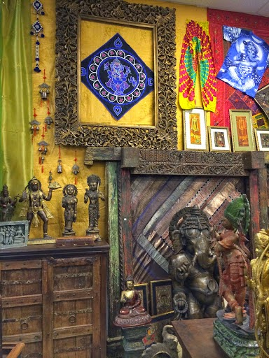 http://www.mogulinteriordesigns.com/category/58421696481/1/Brass-Statues.htm