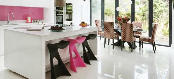 Decoración de interiores: Cocina contemporánea de color rosa con un ...