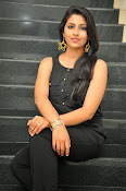 Kruthika Jayakumar gorgeous photo2-thumbnail-6