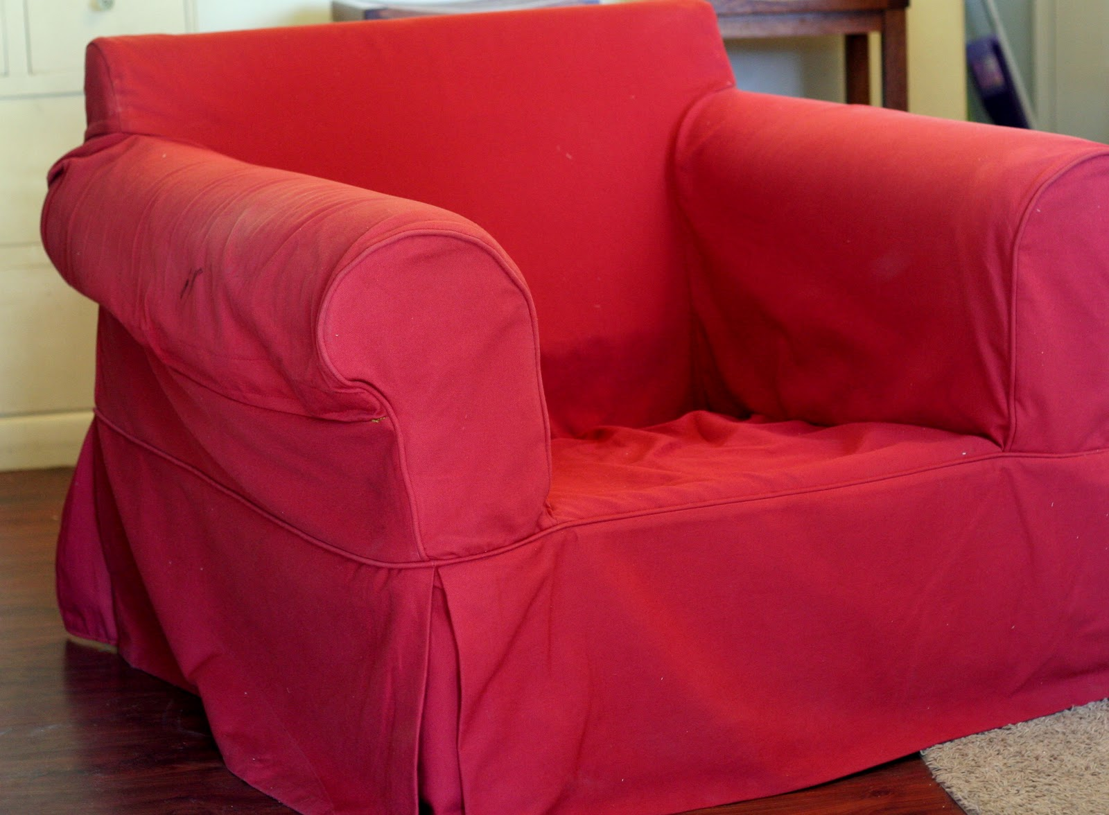 Custom slipcovers by shelley gray oval oversized chair for Oversized armchair