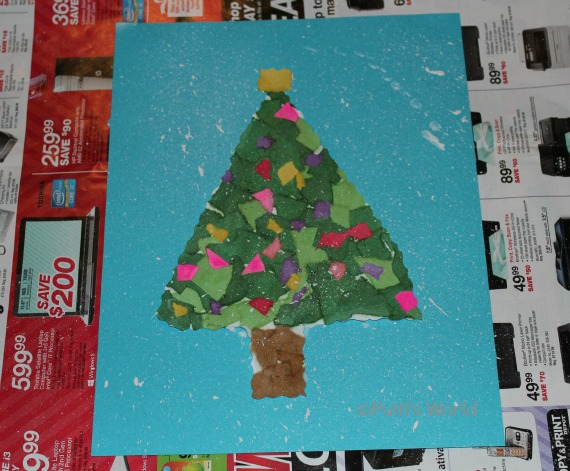 Torn Paper Christmas Tree preschool Kids Craft