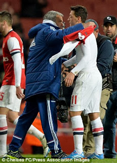PHOTOS: Arsenal's Ozil Passionately Gives His Jersey To Mourinho After Losing To Chelsea