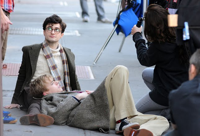 Daniel Radcliffe no set de Kill Your Darlings (Foto: Divulgação)