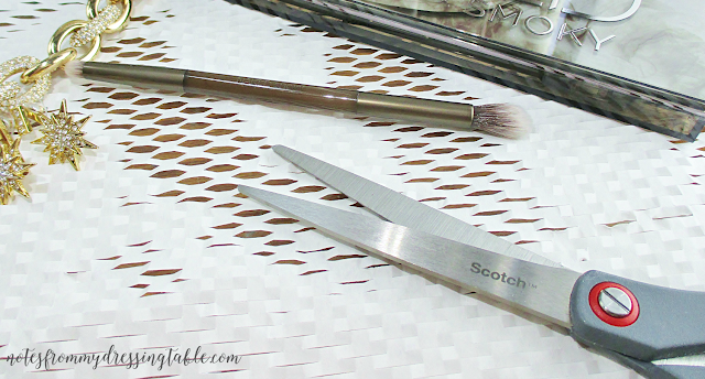 Urban Decay NAKED Smokey Palette Haircut for the Double Ended Brush notesfrommydressingtable.com