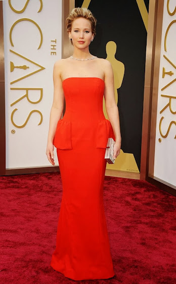 Jennifer Laurence in Red dior dress at Oscars.