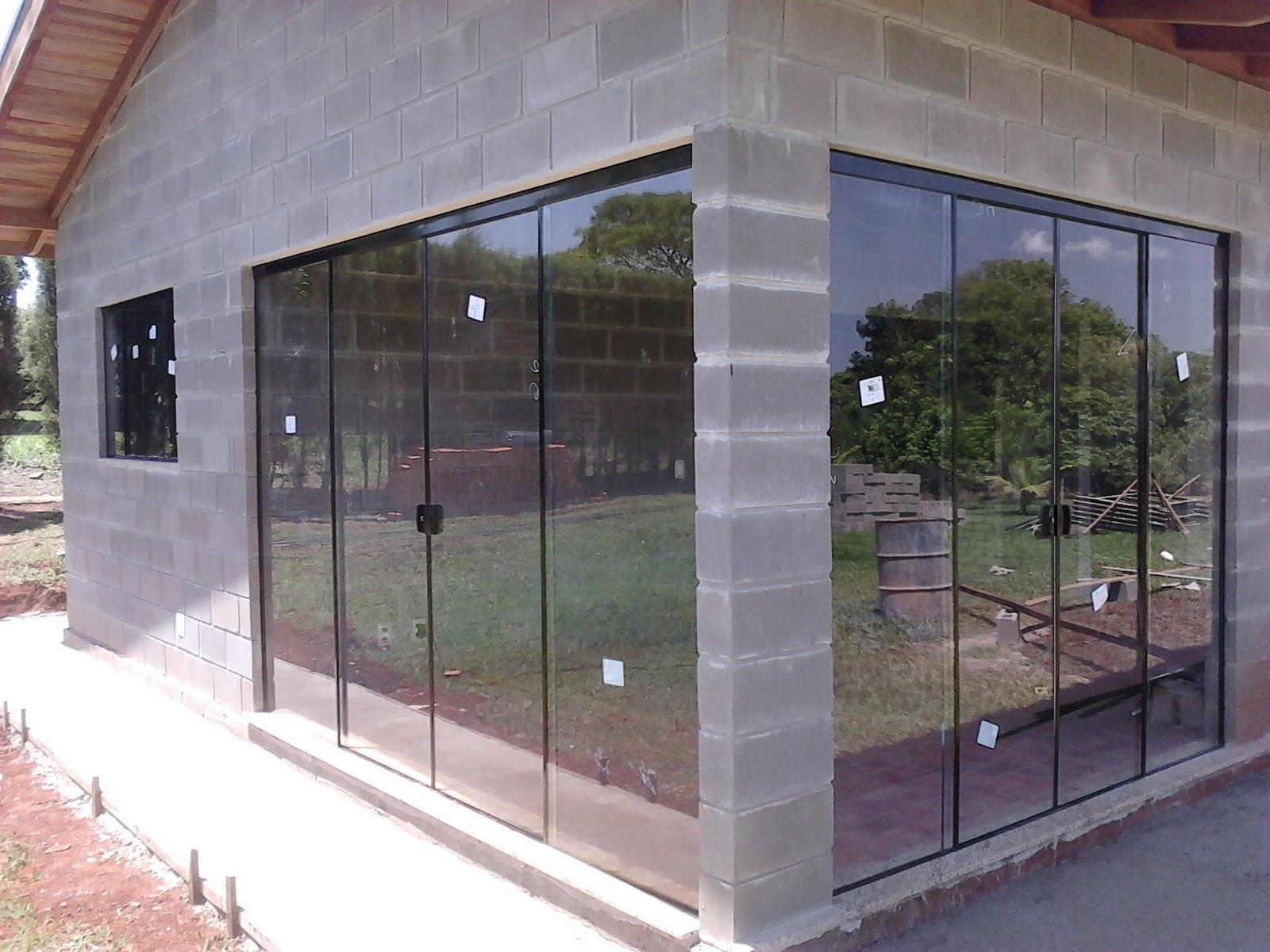 #865D45 Fechadura das Portas em Alumínio na cor Bronze 1696 Janela De Aluminio Na Cor Bronze
