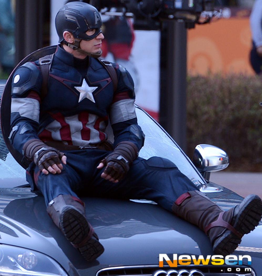 """el Capitán América en el rodaje de """"Los Vengadores: La Era de Ultron"""""""