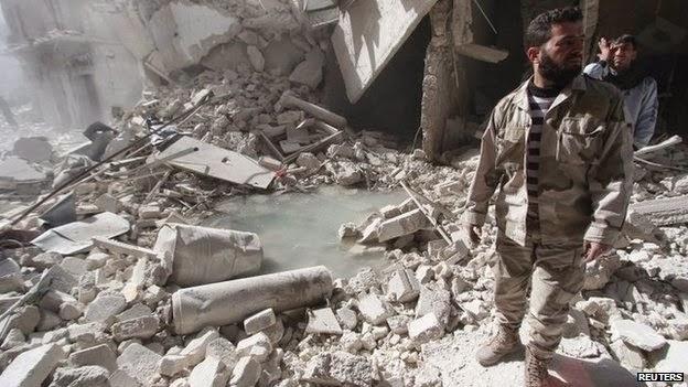 Tak hiraukan larangan PBB, rezim Nushairiyah terus menggunakan bom barel dalam serangan pengecutnya