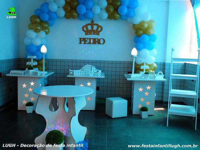 decoração para festa de Chá de Bebê em mesa decorada provençal