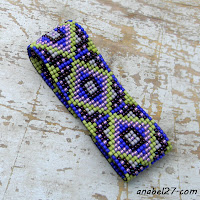 бисерный браслет