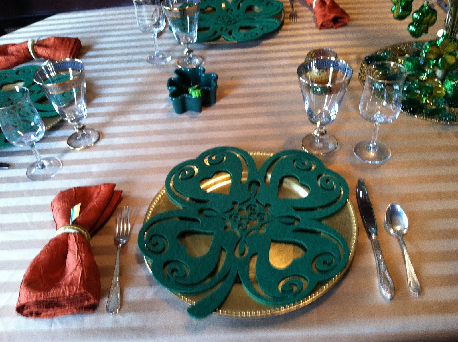 carolinajewels table Happy St Patricks Day with Kathleen : St2BPatricks2B026 from carolinajewels-table.blogspot.com size 1600 x 1195 jpeg 303kB