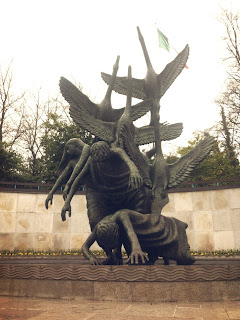 children of lir, dublin, garden of remembrance