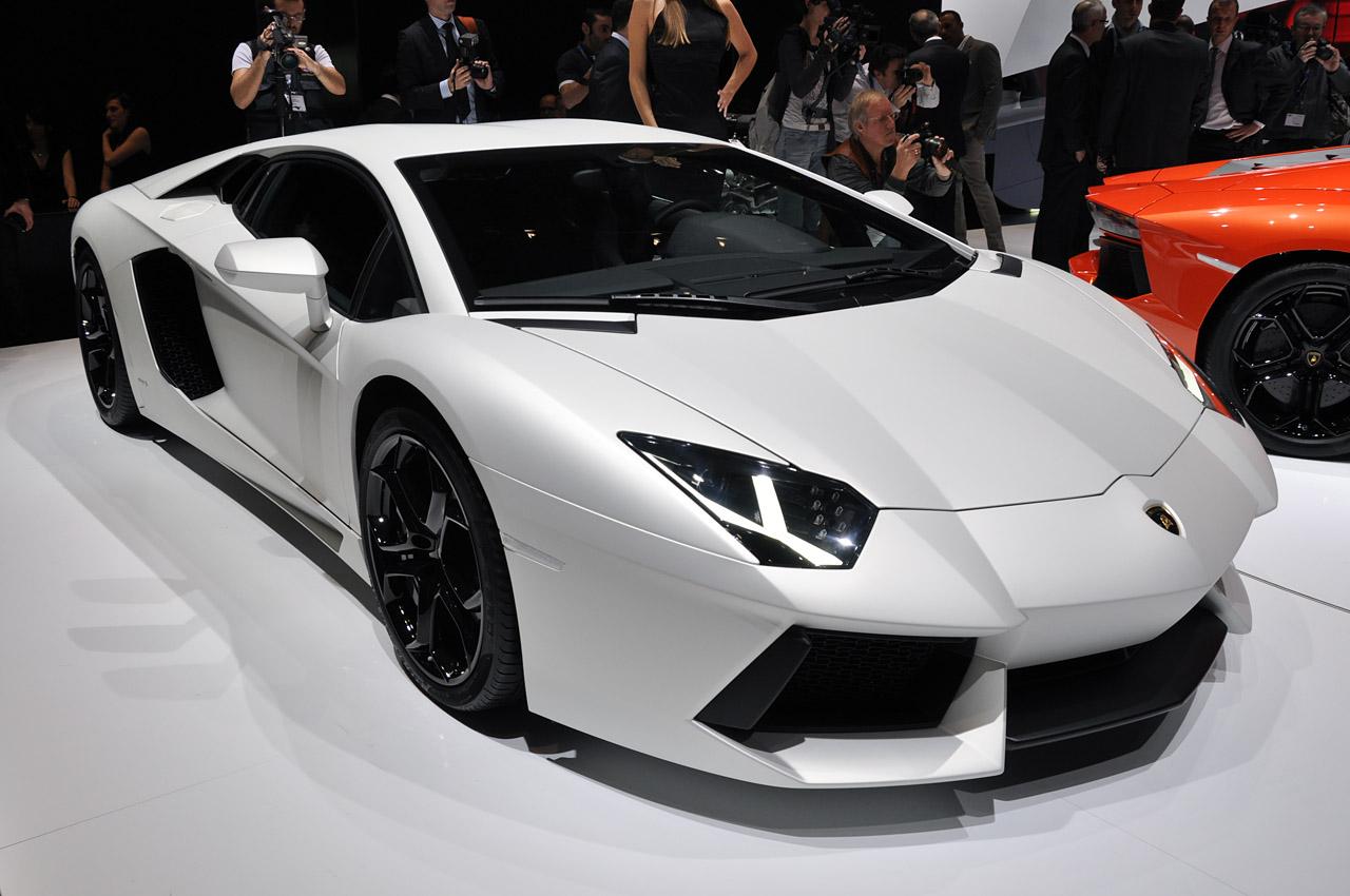 Faltooclub Com Lamborghini Aventador Lp 700 4 A Bull