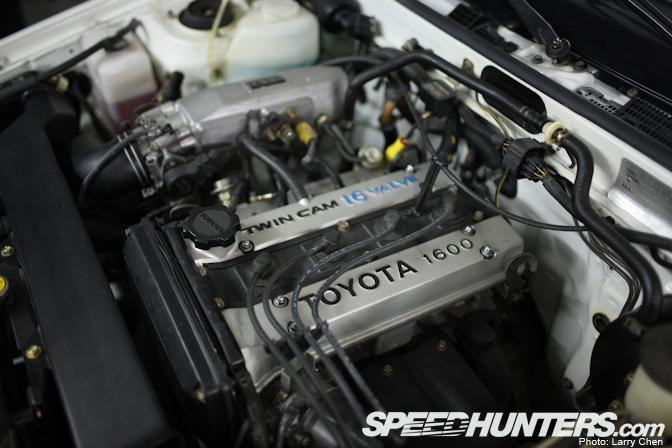 toyota6 Toyota AE86 Berusia 25 Tahun Yang Masih Di Dalam Plastik