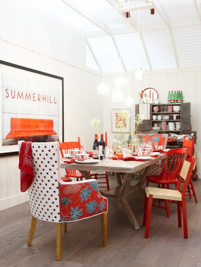 The corson cottage sarah richardson design for Quirky dining room ideas