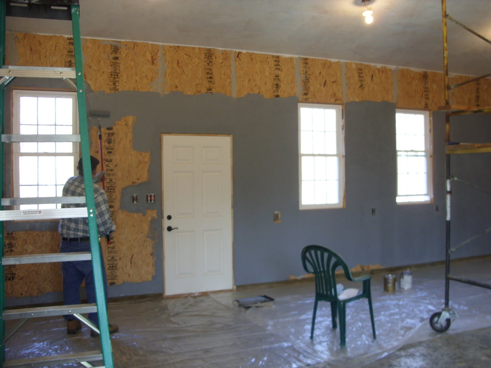 The house on hilltop farm painting garage for Prime isolation garage
