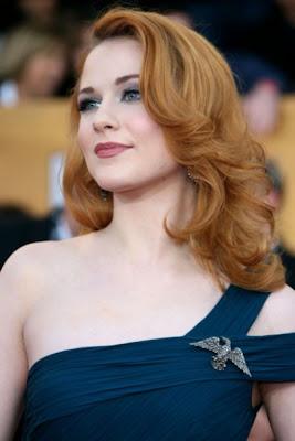 http://2.bp.blogspot.com/-gB8MuJBeZRw/TlpSW7-DNSI/AAAAAAAAG5U/0sgD9SWWrfA/s1600/Simple-Medium-Hairstyles-e1306401852544.jpg