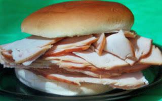 http://2.bp.blogspot.com/-gBAp1hrV49E/UKe8UtBoWdI/AAAAAAAAAEw/vAWju7aGeCc/s1600/Turkey+Sandwich.jpg