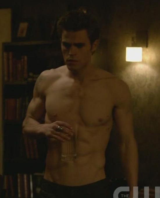 Stefan salvatore shirtless