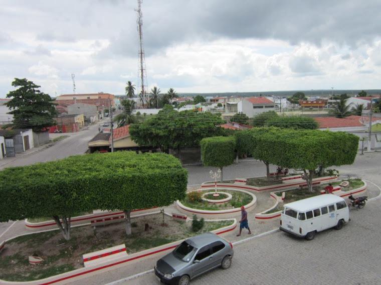 Praça Monsenhor Berengüer- ao lado da igreja católica