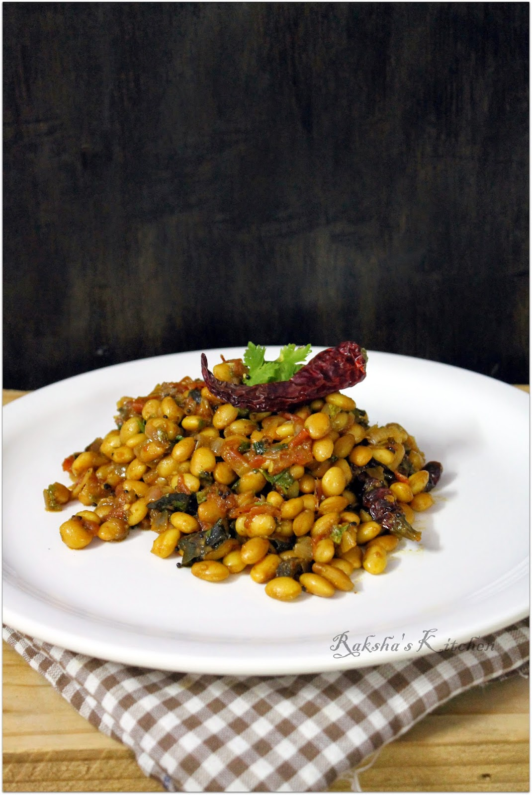 aavryachi oosali | hyacinth seeds stir fry | aavrekai stir fry