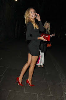 Kimberly Garner Hot In Black Dress2