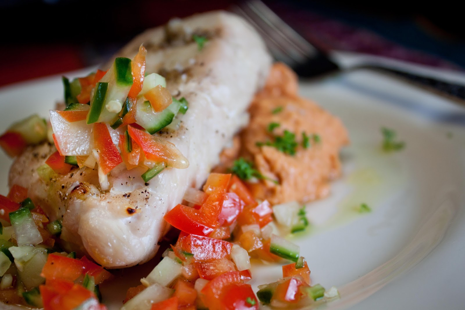 Grilled Tuna With Cucumber Salad Recipe — Dishmaps