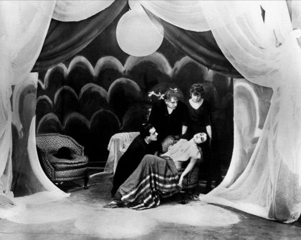 The cabinet of dr caligari 1920 full movie - The cabinet of dr caligari 1920 full movie ...