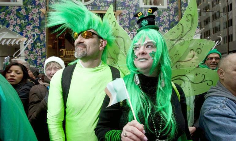 Frases De st-st patrick-saint patrick: Happy St Patick's Day Green Visitors