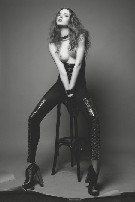 Nadi Hammouda fotografia modelos seminuas mulheres sensuais provocantes fashion