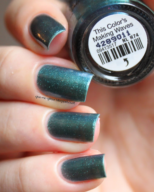 OPI - this color´s making waves
