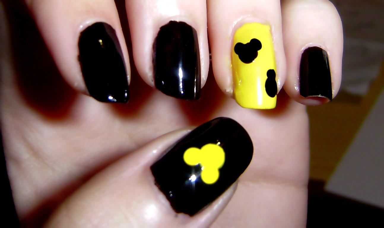 Tutorial nail art mickey mouse : Nail art tutorial mickey mouse nails by irisr