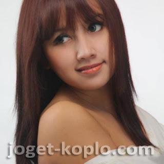 Monata Live In Godo Winong Pati 2013